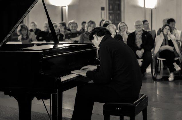 Il pianista fuori posto - paolo zanarella - altavilla estate - villa morosini