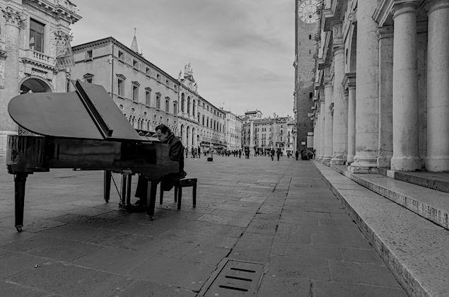Paolo_Zanarella_Biografia_635x420_pianoforte