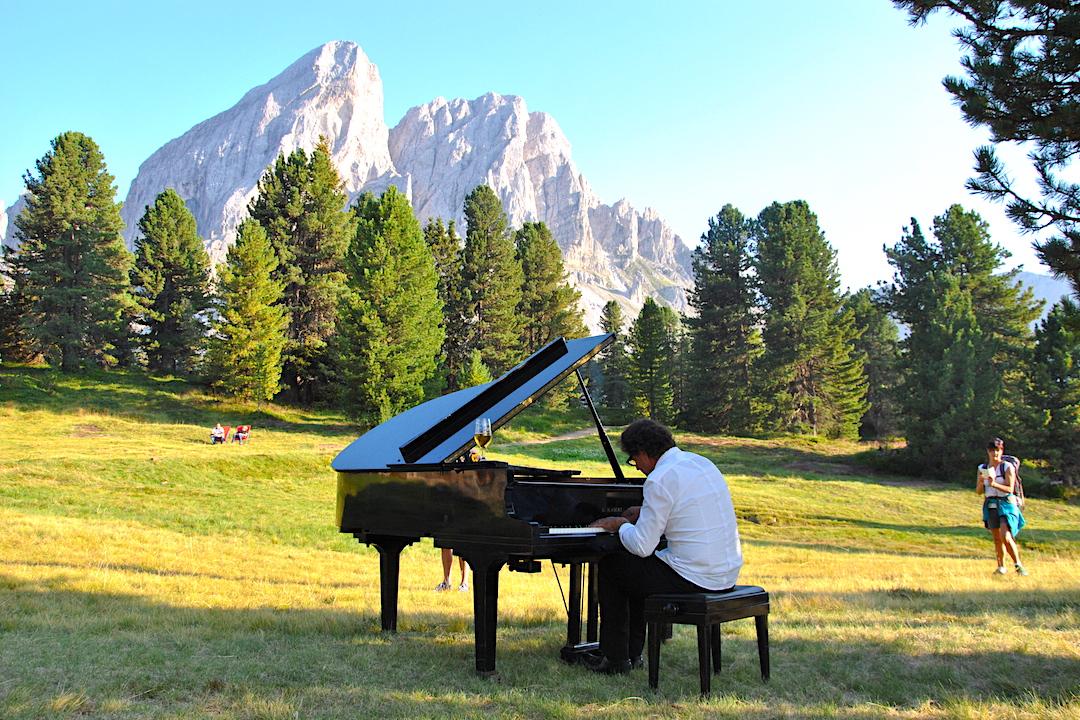 montagna_paolo_zanarella_paolozanarella_pianista_fuoriposto_fortemovie_musica_piano_classica